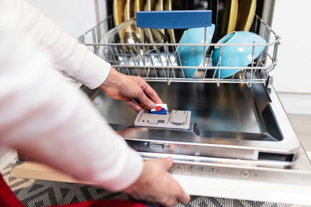 بهترین قرص ماشین ظرفشویی؛ معرفی پرفروشترینها