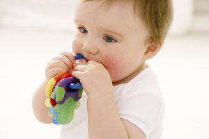 اسباب بازی خوب برای نوزادان چه ویژگی هایی دارد؟