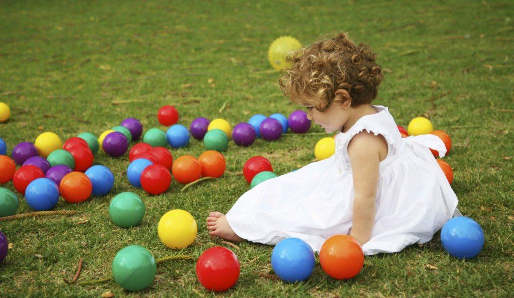 اسباب بازی دخترانه خوب برای کودکان 2 تا 3 سال چگونه است؟