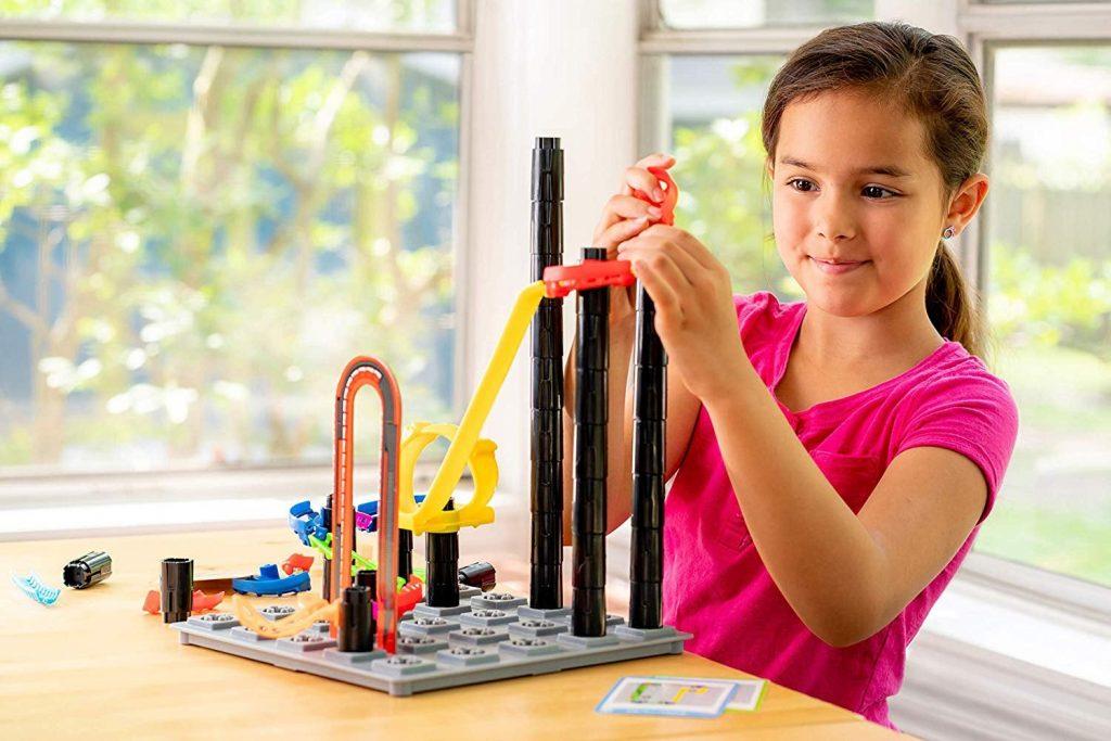 انواع اسباب بازی ساختنی را در نی نی بازار ببینید.
