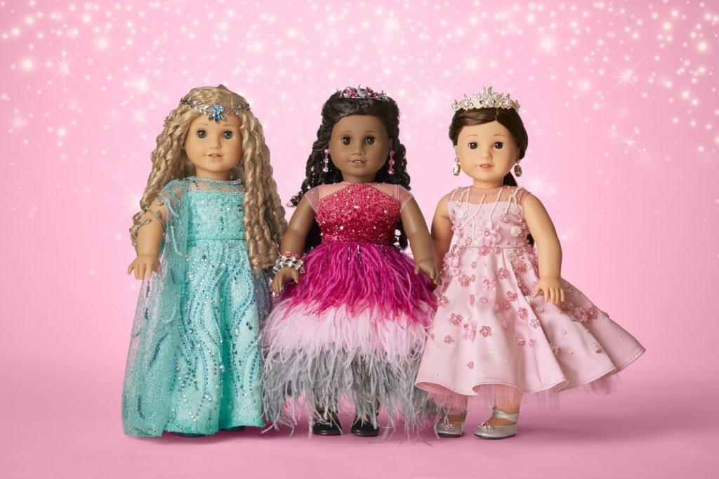 عروسک های جذاب دخترانه در نی نی بازار منتظر شماست.