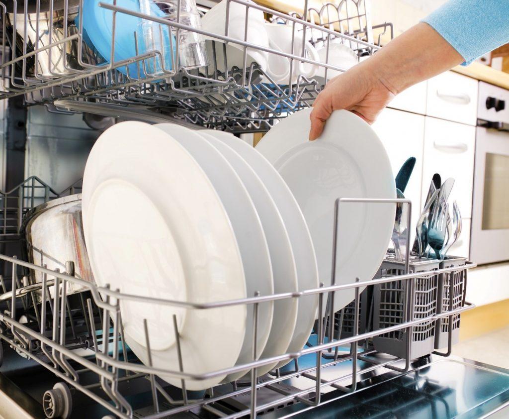 یک قرص ماشین ظرفشویی خوب، هم روی سلامت ماشین ظرفشویی تاثیرگذار است و هم روی سلامت ظروف.