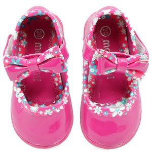 انواع کفش دخترانه یا صندل دخترانه را از نی نی بازار بخرید و محصول را در نهایت سلامت، عین عکس تحویل بگیرید.
