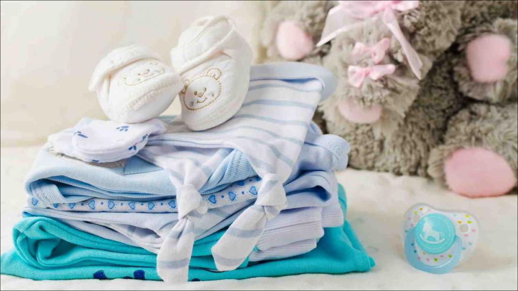 سرهمی نوزادان از پرطرفدارترین انواع لباس نوزادی است.