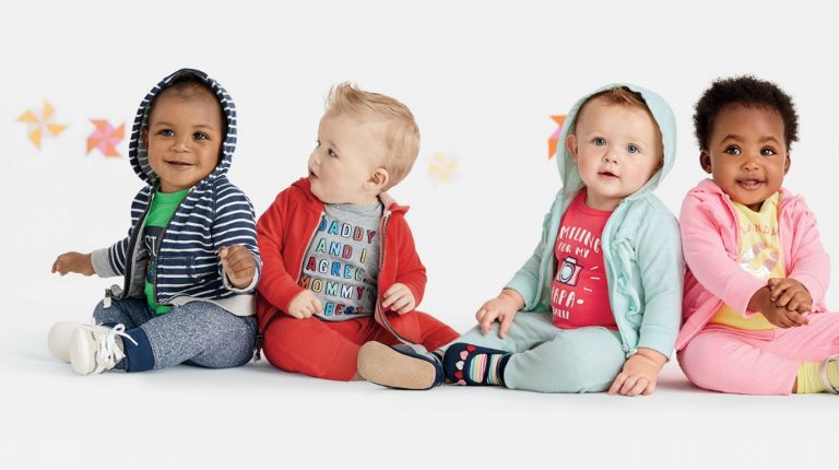 راهنمای جامع خرید لباس نوزاد