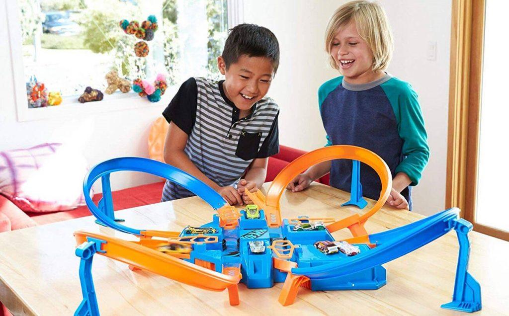 انواع اسباب بازی پسرانه مناسب برای سنین مختلف چیست؟