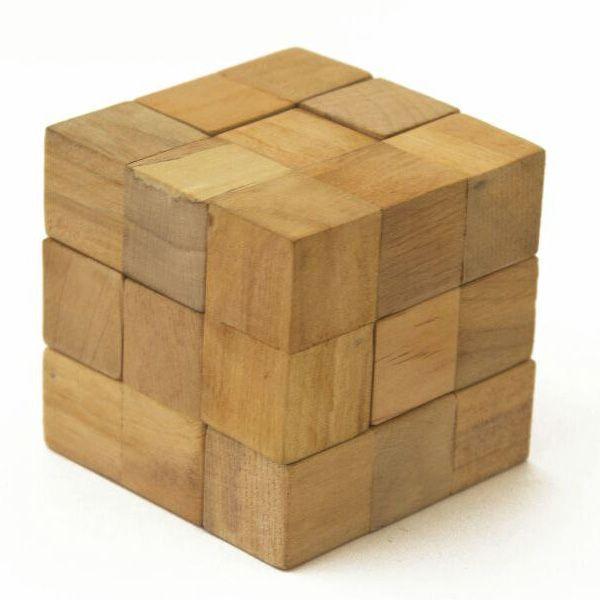 بازی فکری مکعب سوما چوبین (Choobin)